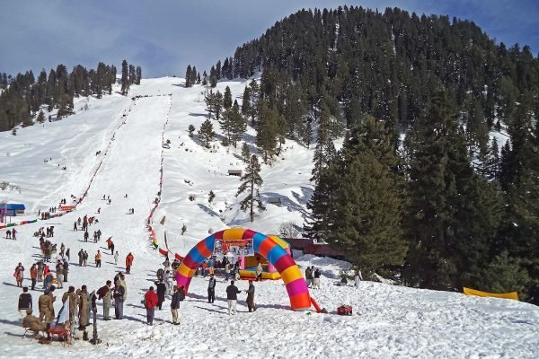 best family winter tour swat pak-tours.com